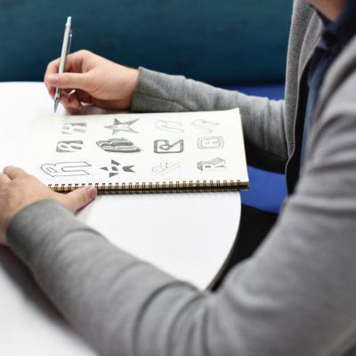 diseño-logotipo-web-asturwebs